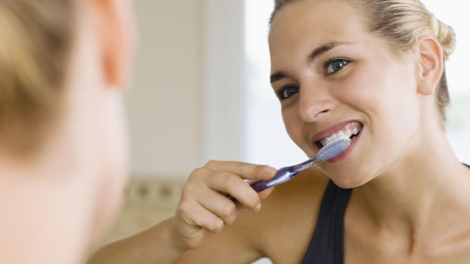 Điều trị răng đổi màu