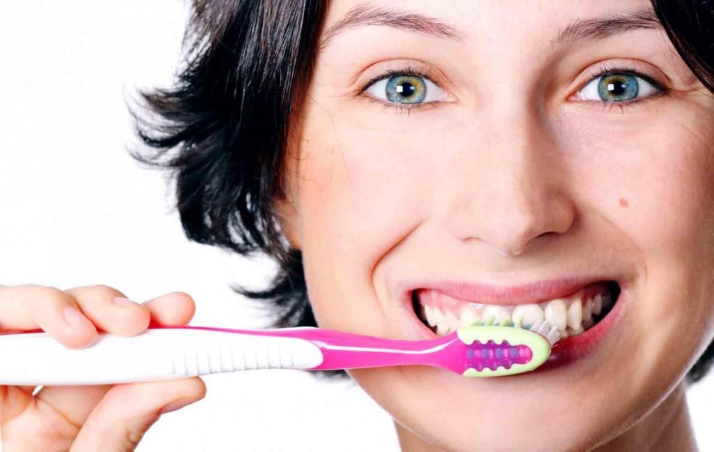 Tẩy trắng răng tại nhà có tốt không? 1