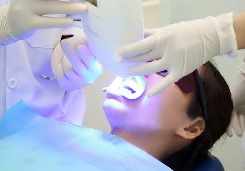 Tẩy trắng răng sau khi sinh có ảnh hưởng gì không? 2