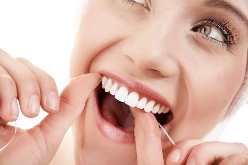 Niềng răng có hôn được không? Tham khảo ý kiến nha khoa-4